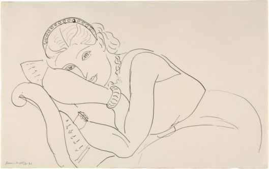 05-Matisse-Resting-Woman-Wearing-Tiara_162314236052.jpg_article_gallery_slideshow_v2