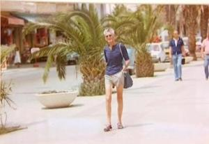 Beckett, Tangiers 1978. Check out those sandals!