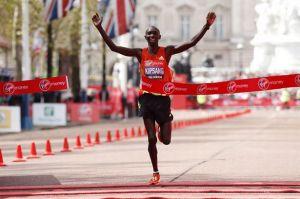Wilson-Kipsang-of-Kenya-wins-the-Mens-London-marathon-802281